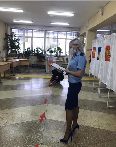 Участки для голосования по Конституции оценила прокуратура
