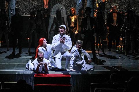 Дважды в ту же воду: «Мастер и Маргарита» вновь на сцене Приморского театра Горького