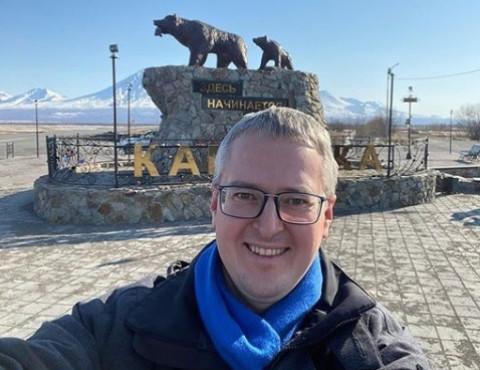 """Не """"наСыпучил"""", а заработал: Камчатский губернатор переедет с турбазы в город"""