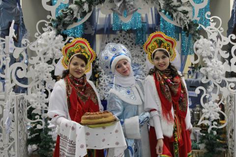 Новогодняя ярмарка «Зимние истории. Сделано в Приморье» открылась в городе Артёме