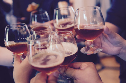 В России предложили запретить детское шампанское