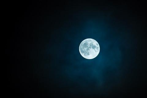 Рогозин отказался осваивать Луну вместе с американцами