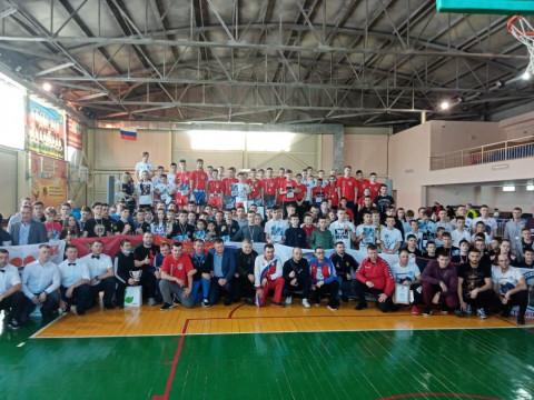 Более 250 спортсменов приняло участие в чемпионате Приморья по кикбоксингу