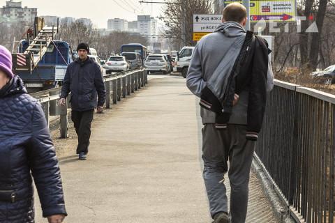 Власти хотят оставить россиян с минимальным доходом