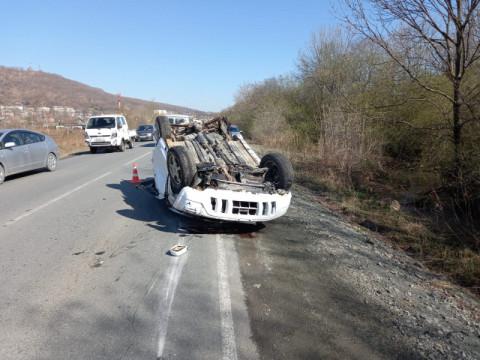 Быстрая езда закончилась смертельным ДТП с перевёртышем в Приморье