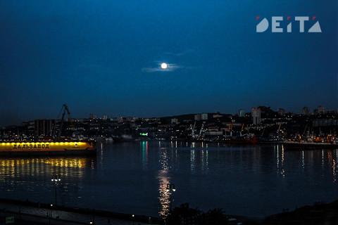 Жители ДФО смогут увидеть полное затмение Луны