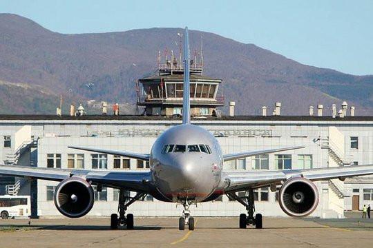 Пассажирский самолёт совершил экстренную посадку в Иркутске