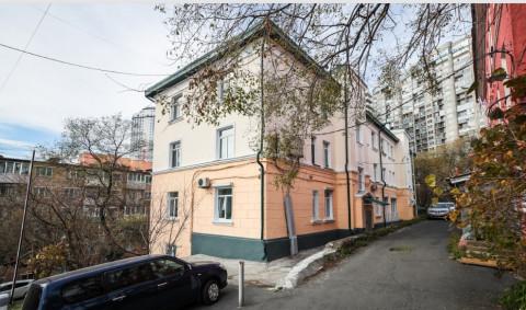 Историческим зданиям Владивостока обновили фасады