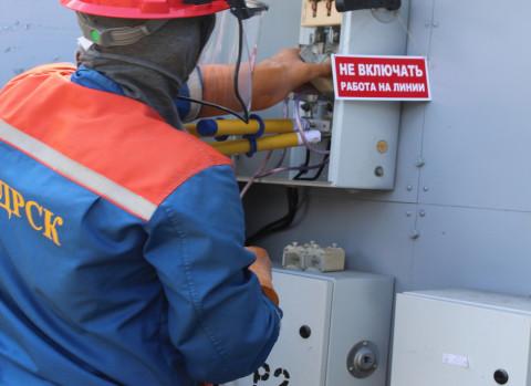 Жители Чуркина снова остались без электричества