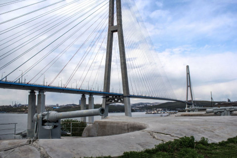Охрана Русского моста усилена во Владивостоке