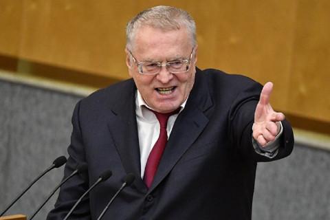 Жириновский призвал американцев вставать на колени перед всем миром