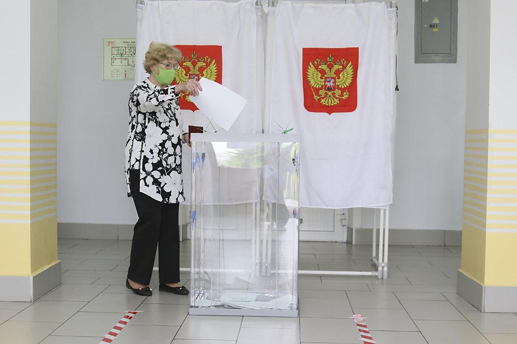 В муниципалитетах Приморского края активно проходит голосование по поправкам в Конституцию
