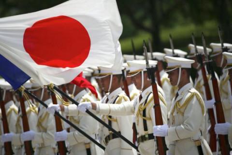 Япония опротестовала визит Мишустина на Курилы