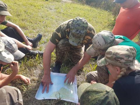 Воспитанники «Спецназа север» завершают летние сборы «Тропой разведчика» в Приморье