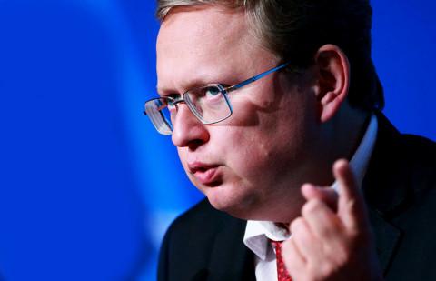 Приготовьтесь «скинуть» евро — Делягин предупредил всех россиян с валютой