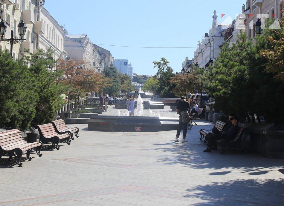 Территорию равную сотне Красных площадей обработали в Приморье
