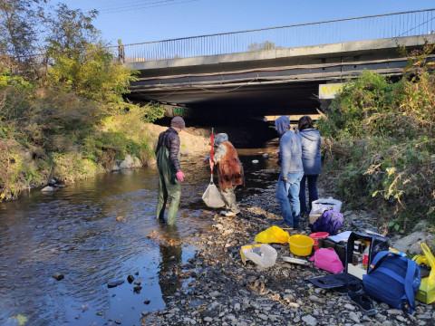 «Сточная канава»: состояние городских рек тревожит экологов