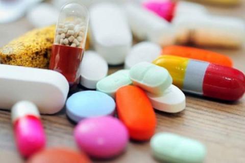 Бесплатно давать лекарства от COVID-19 предложили в Госдуме