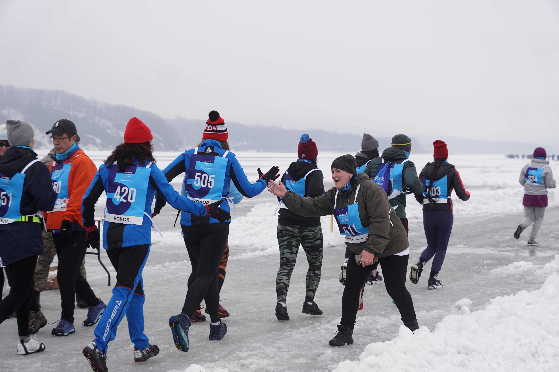 Бегунов во Владивостоке отправили стартовать на другой лед