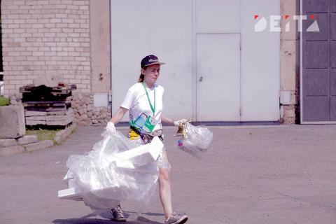 Никаких ватных палочек: правительство запретит бытовой пластик