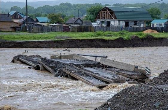 Мосты уплывают из Приморья после дождей