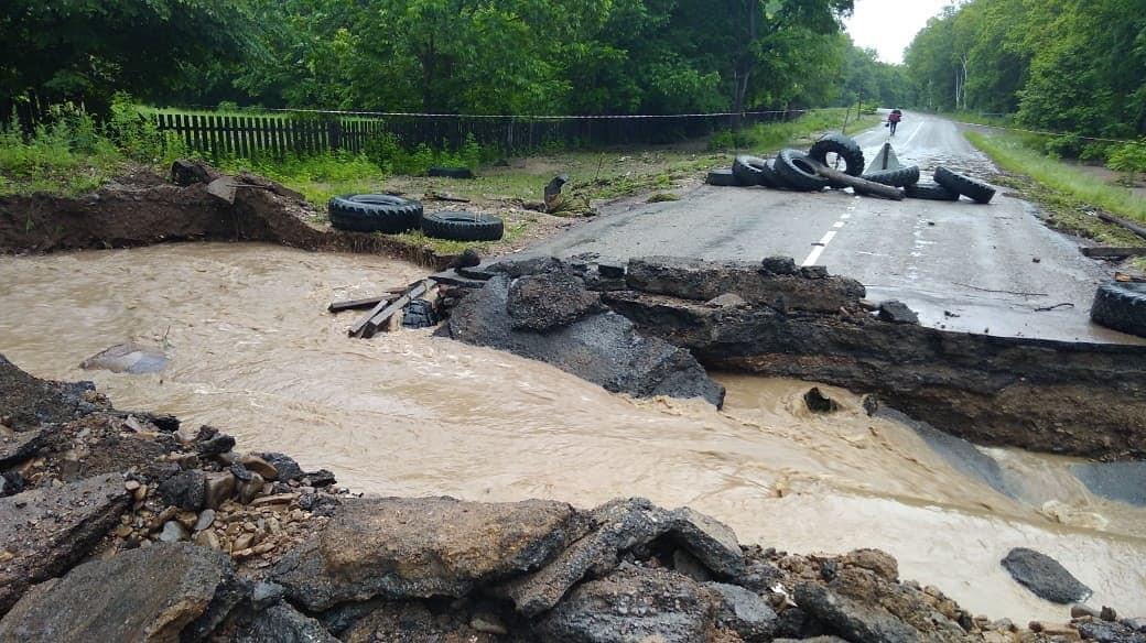 Дорога закрыта: где нельзя проехать в Приморье