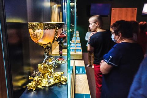 Искусство союза Земли и Воды: сокровища Эрмитажа вновь в Приморье