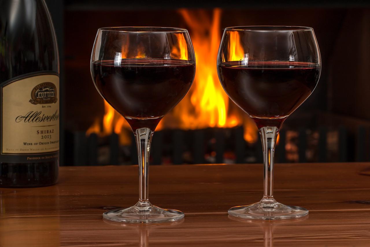 Эксперт рассказал, почему русским плохо от вина