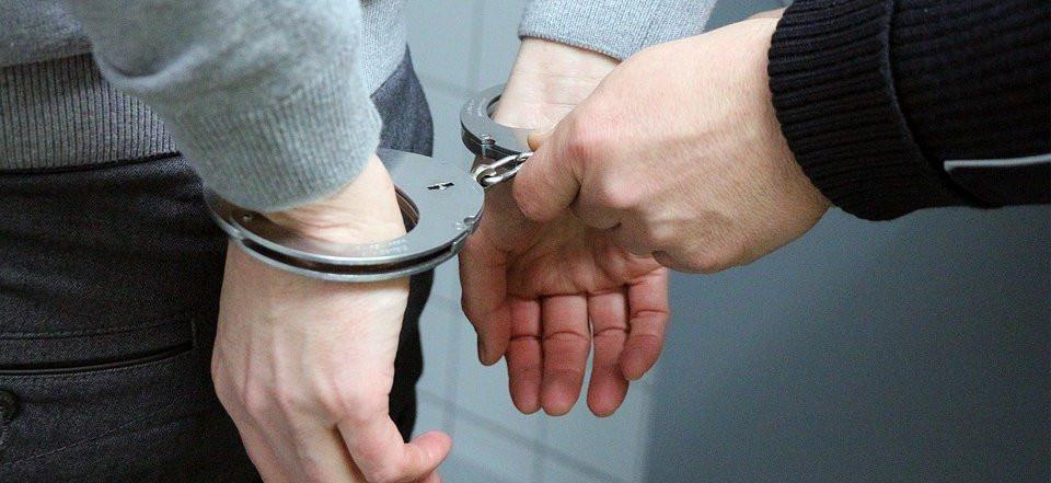 Приморский спортсмен, ранивший полицейского, сдался полиции