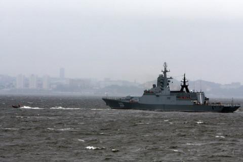 Владивостокский корвет победил китайцев в море