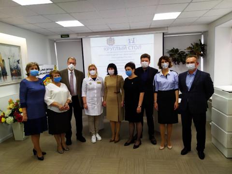 Известные российские онкологи оценили работу медиков Приморья