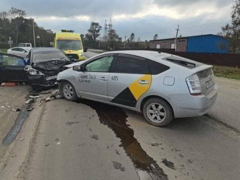 Таксист без прав спровоцировал серьёзное ДТП в Приморье