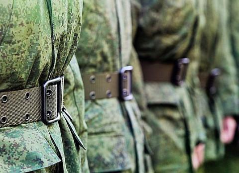 Солдат-срочник сбежал с автоматом на Урале