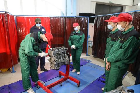 Жители Приморья, потерявшие работу из-за COVID-19, могут бесплатно получить новую специальность