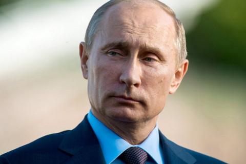 """""""Везде, где только можно"""": Дегтярев хочет застроить Россию памятниками Путину"""