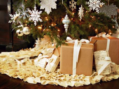 Психолог рассказала, зачем надо наряжать новогоднюю ёлку в конце ноября