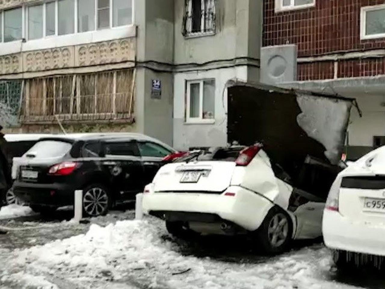 Падение бетонной плиты закончилось уголовным делом во Владивостоке