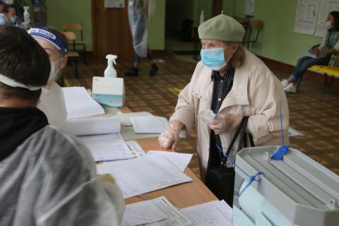 Пенсионеры Владивостока поделились мнением по поправкам в Конституцию