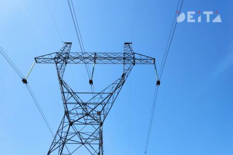 Неосторожный водитель спровоцировал энергоаварию на Сахалине