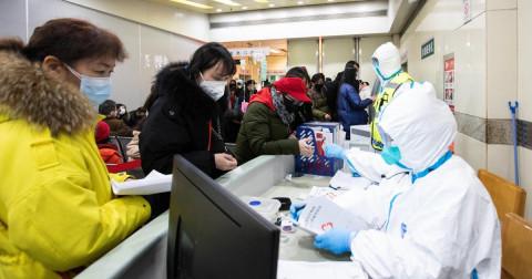 В Китае зафиксирован всплеск заболеваемости COVID-19