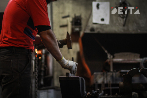 Безработных жителей Приморья обучат востребованным профессиям бесплатно