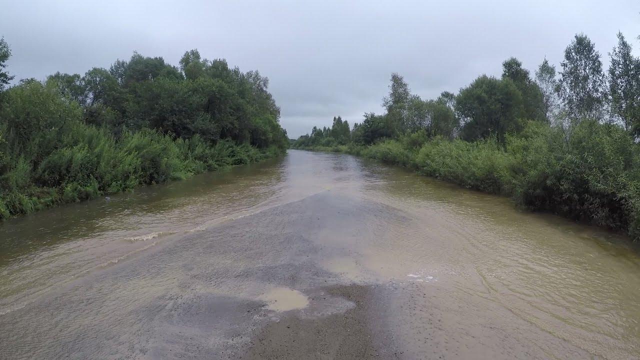 Дороги затоплены: где нельзя проехать в Приморье