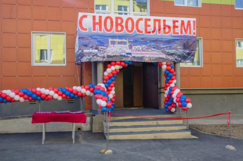 Путин заявил, что пора вытаскивать людей из трущоб