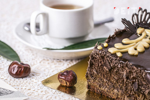 """Новогодний """"Штоллен"""" или простой шоколадный пирог?"""