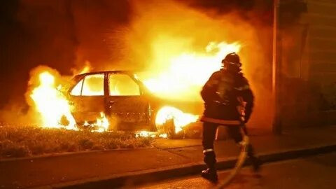 Как вернуть деньги, если автомобиль сгорел, рассказал адвокат