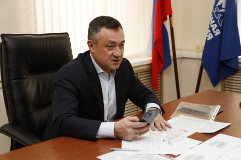 Виктор Пинский взял на контроль ситуацию с выселением детской флотилии «Варяг» во Владивостоке