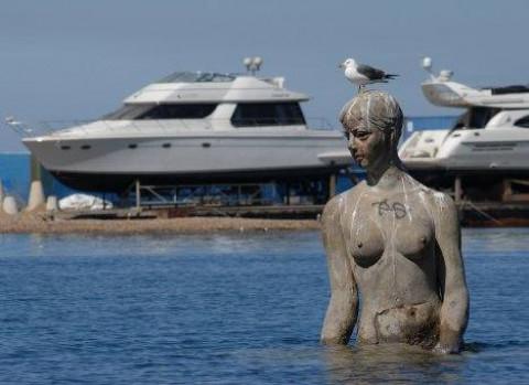 Из самой красивой девушки Владивостока сделают русалку