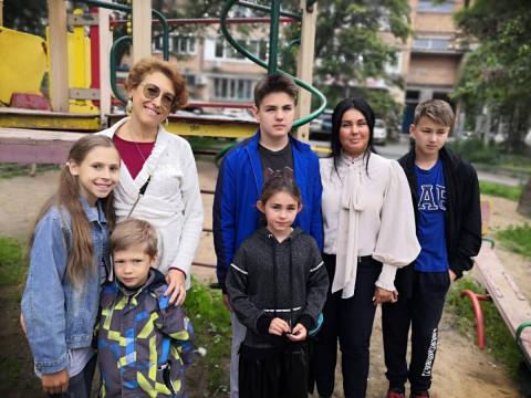 Приморские родители оценили меры поддержки семей, инициированные Партией
