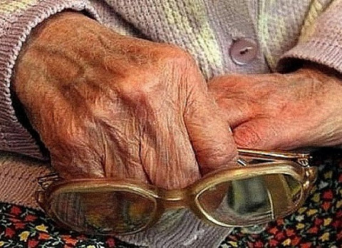 Россияне убеждены, что пожилым людям лучше жить вместе с семьей