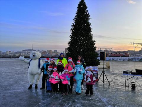 Во Владивостоке начал работу новый каток на озере Чан